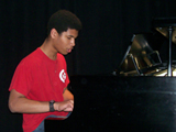 youth pianist_kharishelton